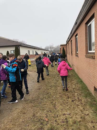 Merritt Academy Charter School | 4th Grade Cleanup